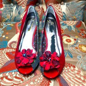 Poetic licence red floral heel